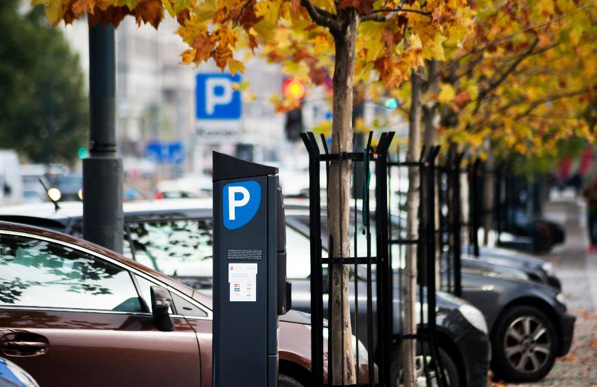 Dlaczego Trzaskowski jest głuchy na apele dotyzące zawieszenia opłat za parkowanie w okresie pandemii??